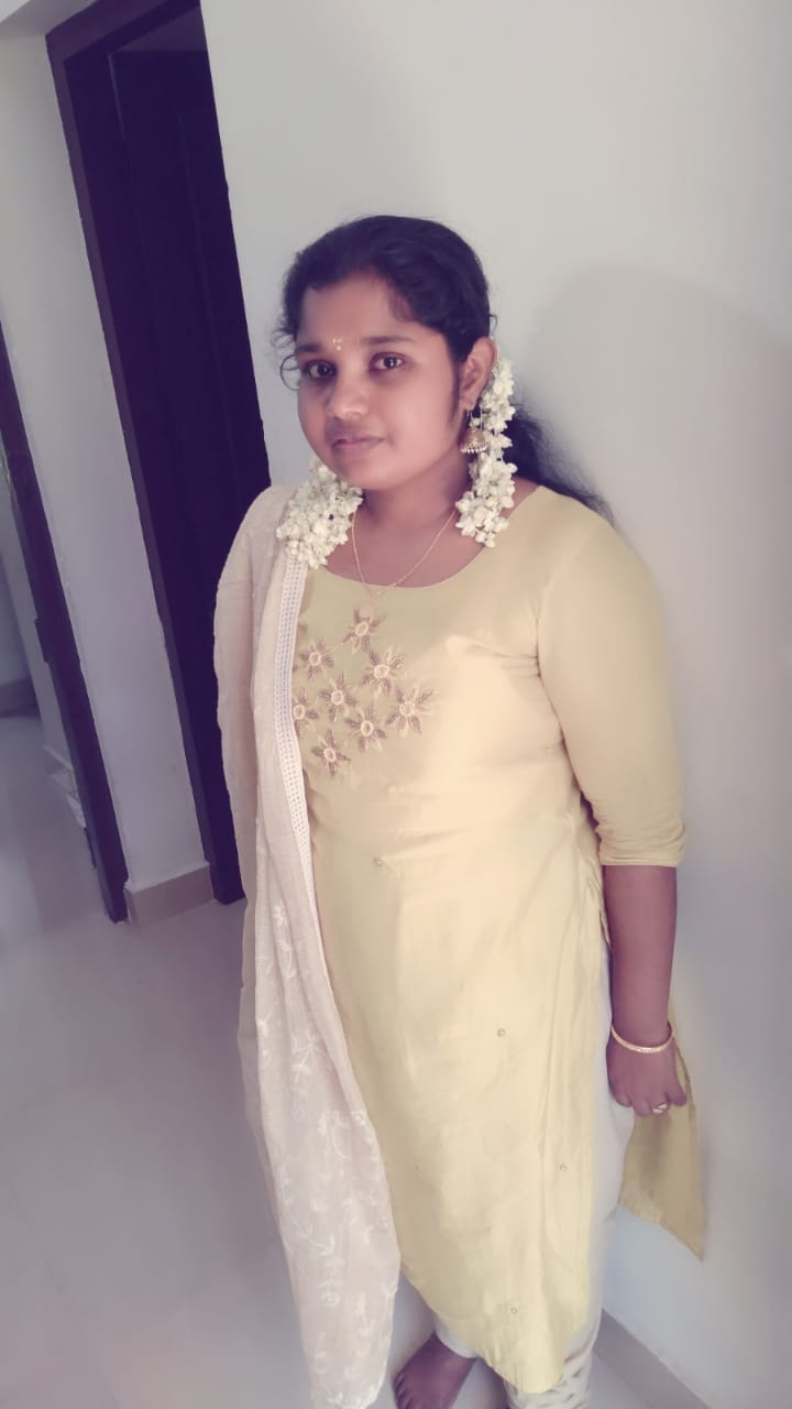 Aiswarya(23)